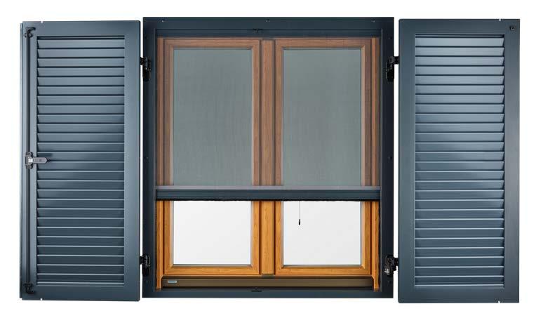 Fensterläden mit Montagerahmen und Insektenschutz